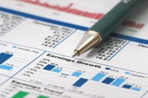 Pouze třicet procent domácností sleduje pravidelně své výdaje