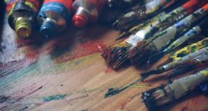 Jak odstranit temperové barvy z oblečení?